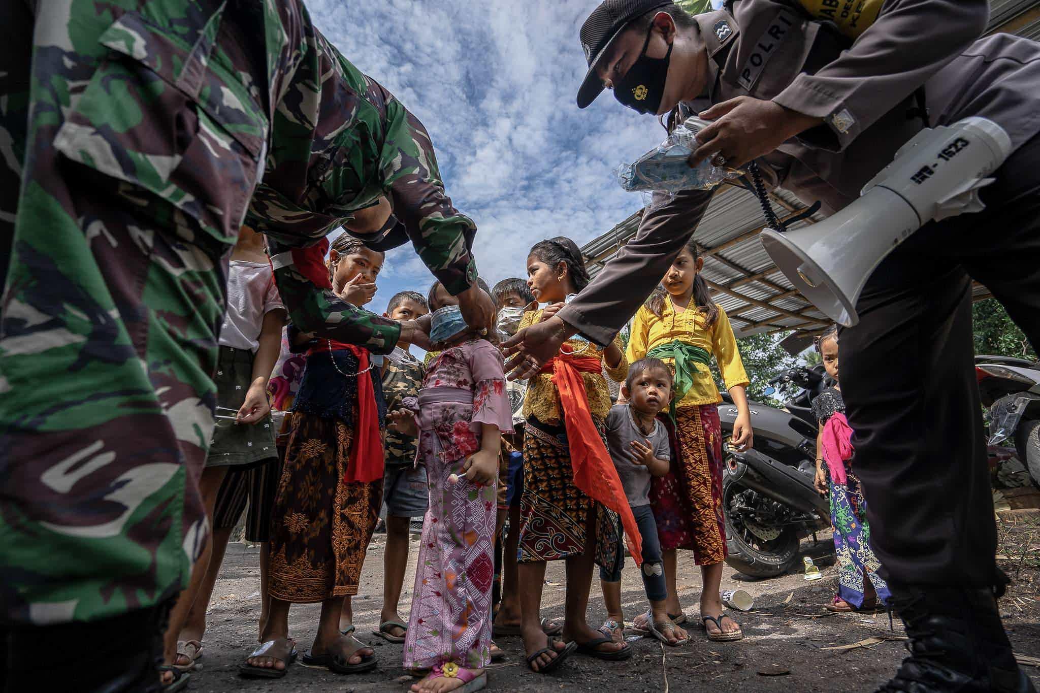 """""""Хамгаалагч сахиусан тэнгэр"""", International Photography Awards/Edy Gautama"""