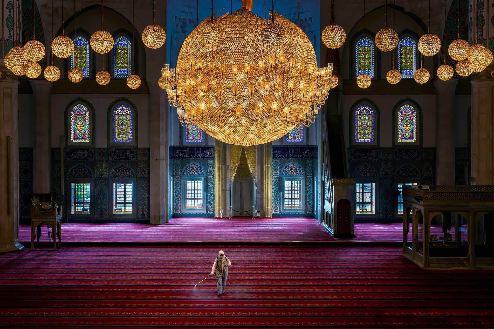 """Мөргөлийн өмнө"", International Photography Awards/F. Dilek Uyar"